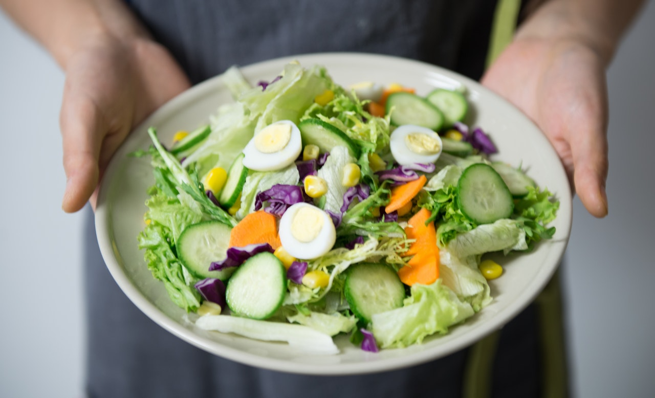 Jedzenie zmałą ilością kalorii